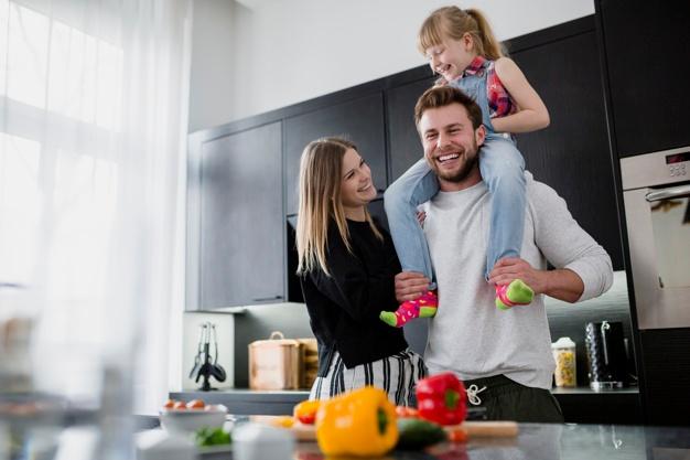 العادات الصحية للعائلة: نصائح و خطوات لعائلة تتمتع بصحة مثالية