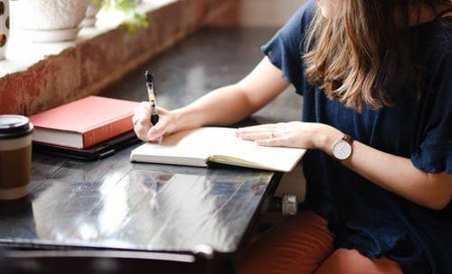 نفذ خططك دون تأجيل: طرق بسيطة لتجعل حياتك أكثر نشاطا و إنجازا