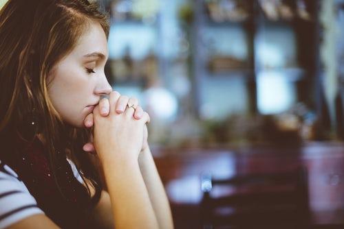أعراض الاكتئاب: سبع سلوكات تكشف أن شخصا ما مكتئب